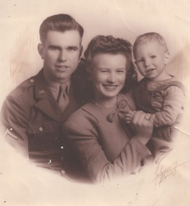 Dad_Mom_Me_WWII-rev