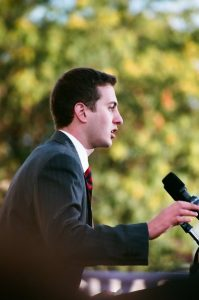 Brady Quirk-Garvan speaking at Obama rally in Chillicothe, Ohio